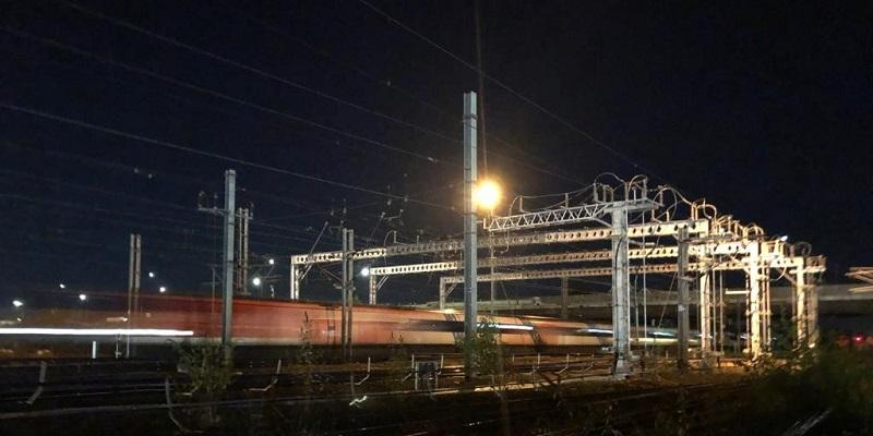 Train passes Power Supply Upgrade work on the East Coast Main Line